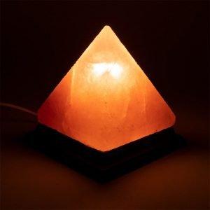 Lampada di sale piramide