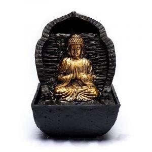 Fontana d'acqua Buddha in preghiera